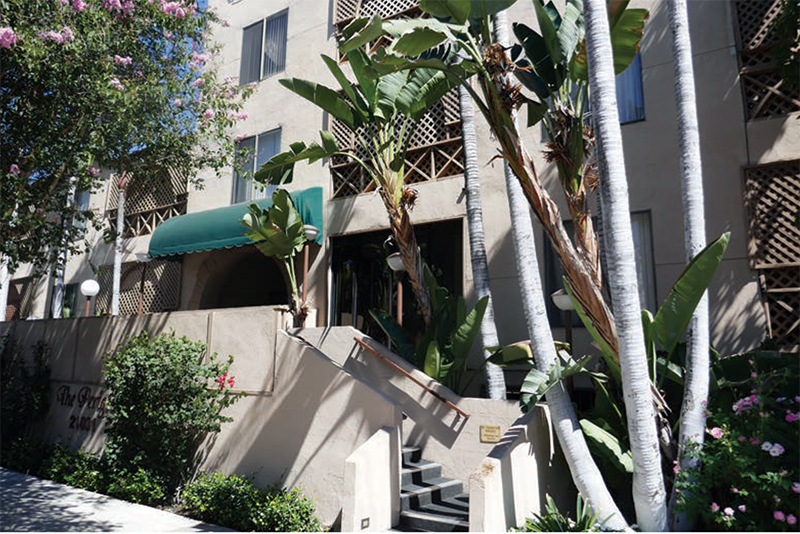 The PlazA Apartments in Hollywood